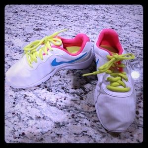 Beautiful Sneaker Size 3 Nike